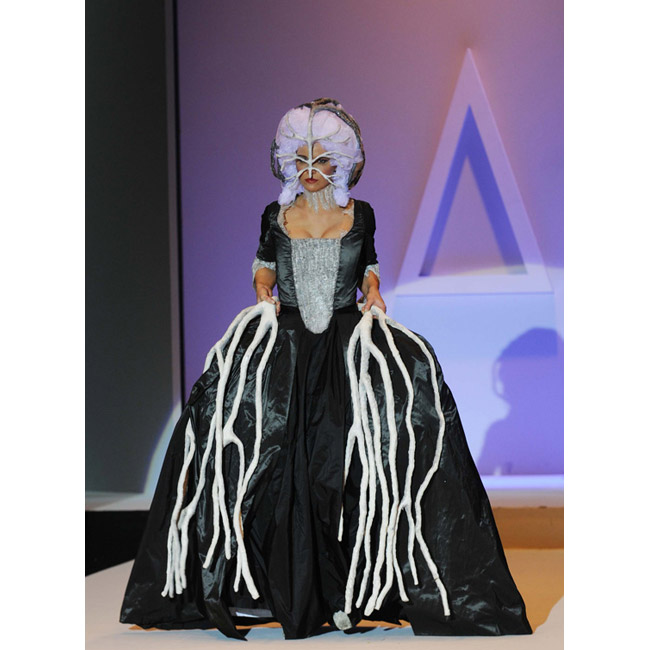 Alta moda al saschall sfilano le creazioni degli allievi for Accademia della moda milano