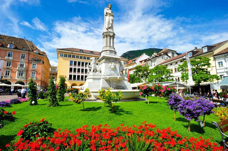 Bolzano bozen alto adige emozioni tra mediterraneo e for Designhotel bozen